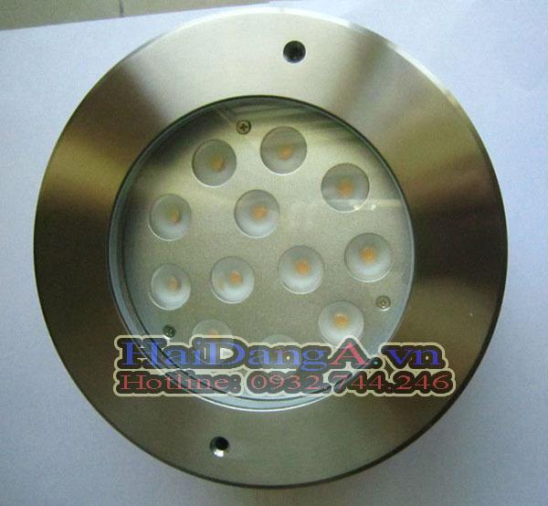 Đèn LED âm dưới nước loại 12 LED trong 1 đèn