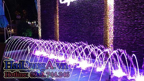 Hệ thống phun nước được điều khiển nhiều chương trình phun nhịp nhàng sinh động đẹp mắt
