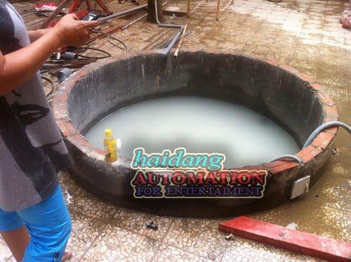 Hình ảnh hồ nước trước khi lắp đặt hệ thống phun.