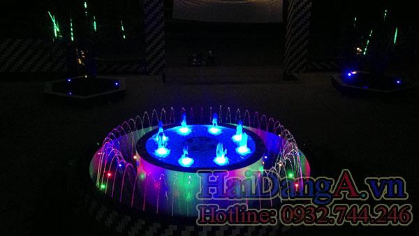 Đèn LED âm nước đổi rất, rất nhiều kiểu sáng, rất nhiều màu sắc sinh động