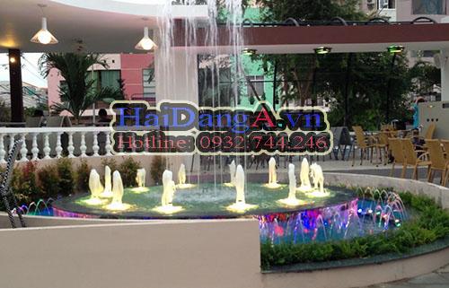 Ứng dụng đầu phun nước nghệ thuật HDN-F tại đài phun nước quán cafe BOOK