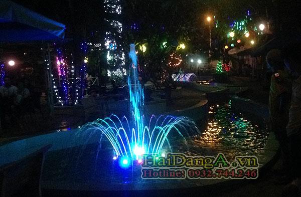 Đèn LED âm dưới nước chiếu sáng cho hệ thống vòi phun nước