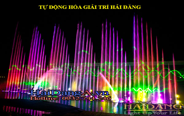 Nhạc nước với các vòi phun thẳng đứng sóng lượn kết hợp đèn Laser độc đáo