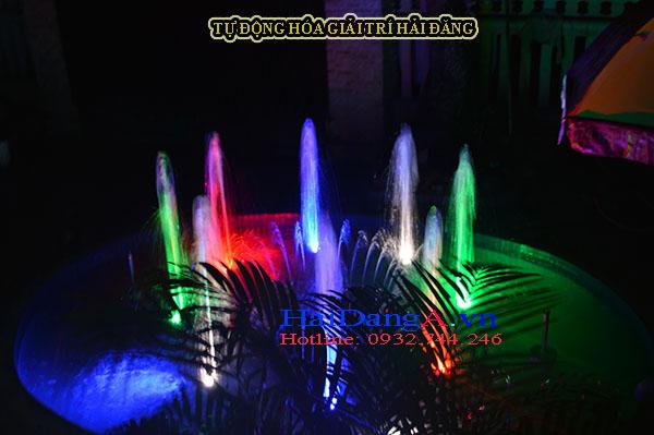 Đài phun nước theo nhạc mini tại Cafe Thưởng Nguyệt ở Huế