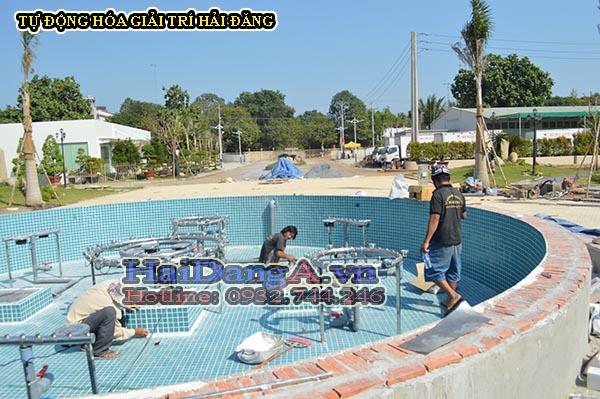 Lắp đặt thiết bị đài phun nước vào hồ nước tại Cana