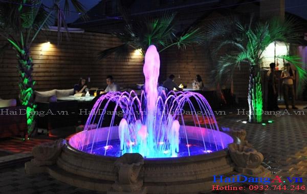 Ánh sáng lung linh của hệ thống đài phun nước