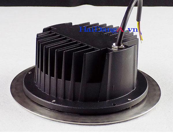 Đèn âm sàn vỏ đèn tháo rời để dễ dàng đặt trong bê tông hoặc đất