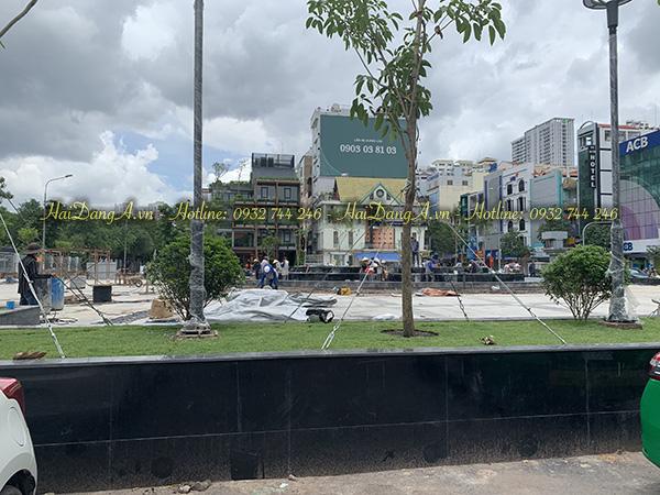 Tổng thể quảng trường công viên Khánh Hội đang thi công hệ thống nhạc nước