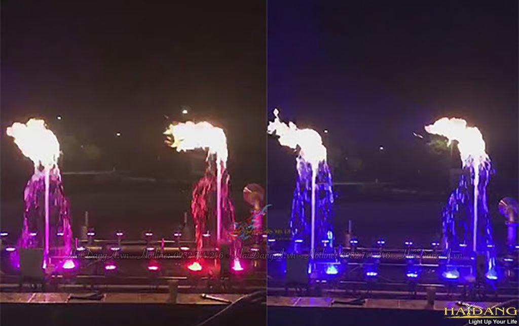 Đèn âm nước đổi màu kết hợp ánh sáng của lửa