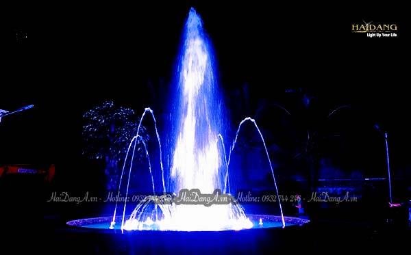 Đài phun nhạc nước - Điểm nhấn sinh động cho sân vườn biệt thự Hồng Trung