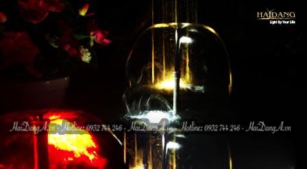 Đầu phun Lava 25 - 5 E tạo hình chuông với màng nước mỏng trong suốt