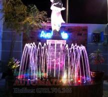 Đài phun nước nghệ thuật sân vườn nhà anh Phụng